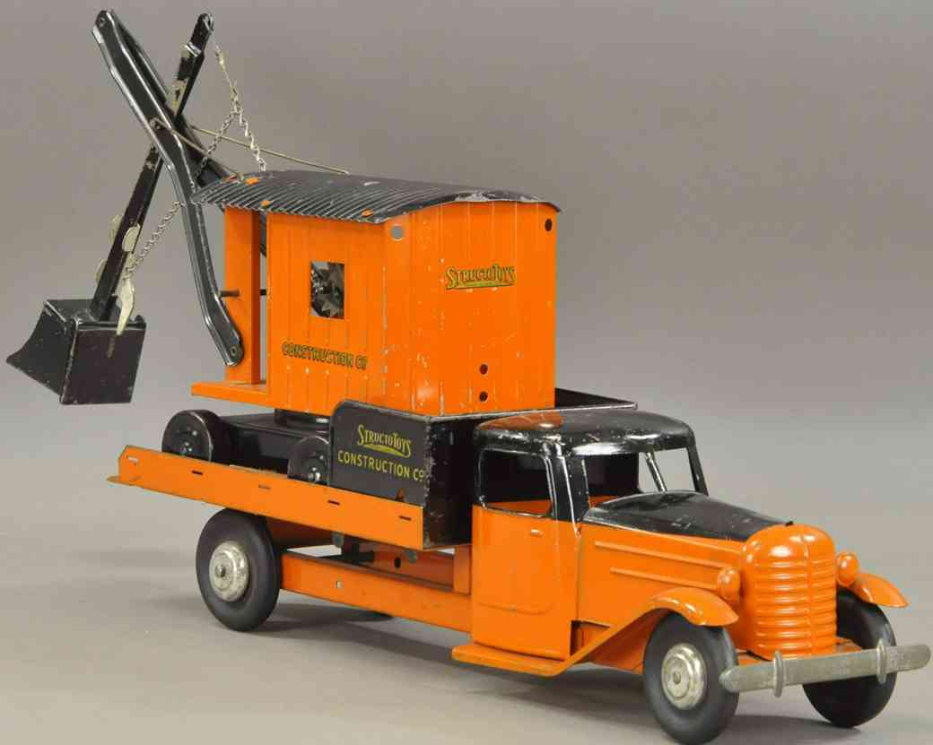 structo pressed steel toy concstruction truck set orange black