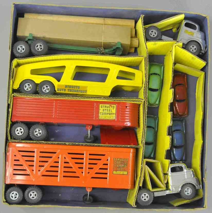 structo tin toy tractor trailer set
