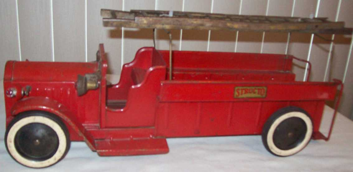 structo pressed steel toy engine fire ladder truck bell