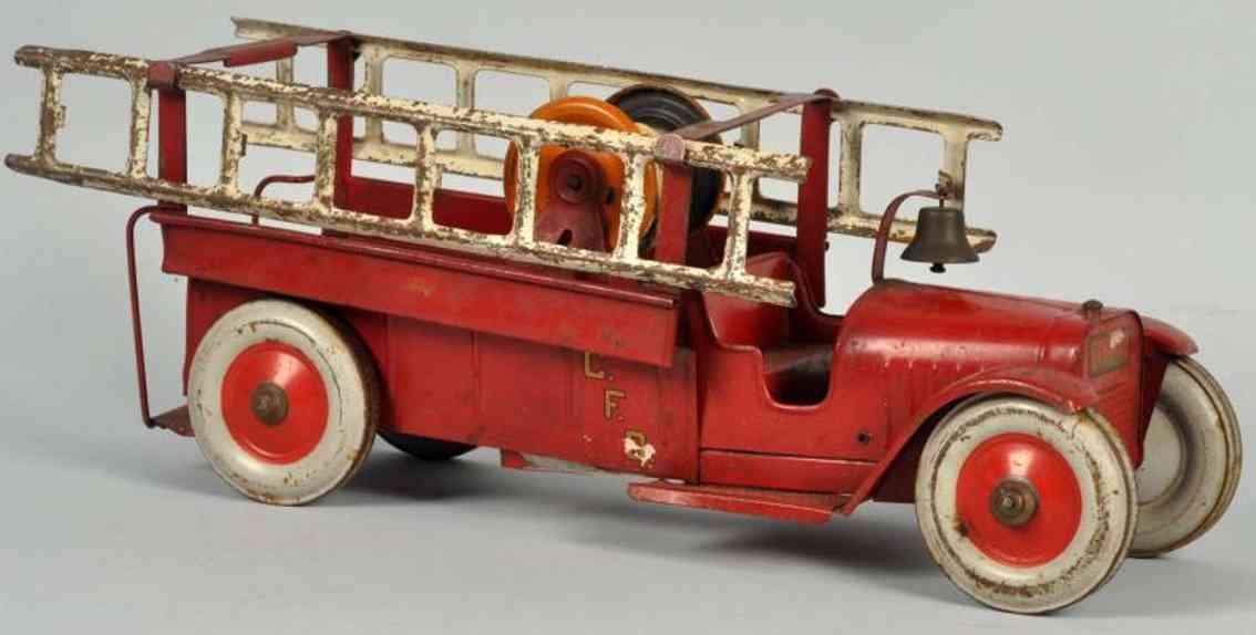 structo pressed steel toy fire engine ladder truck