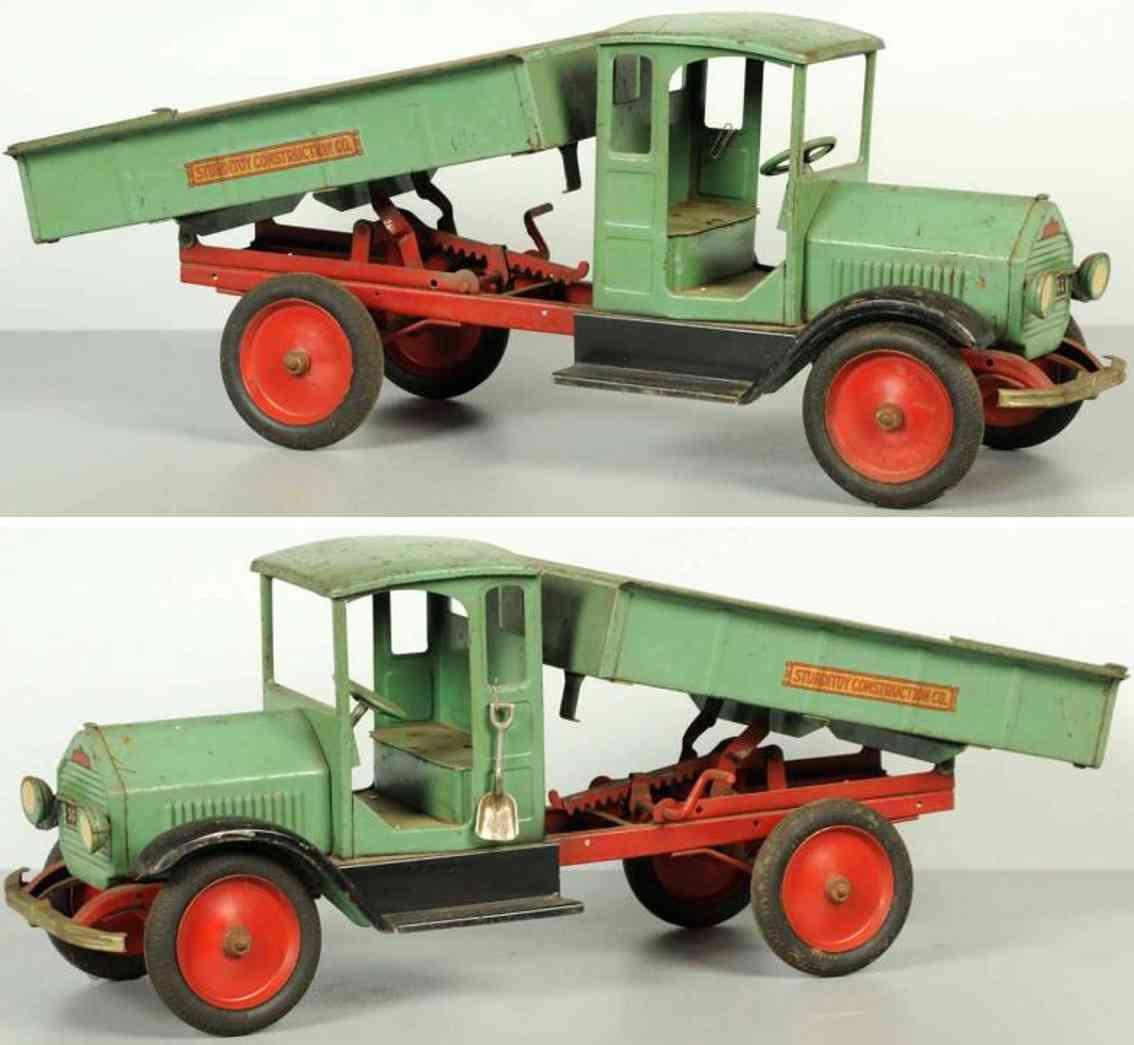 sturditoy pressed steel toy construcktion dump truck green