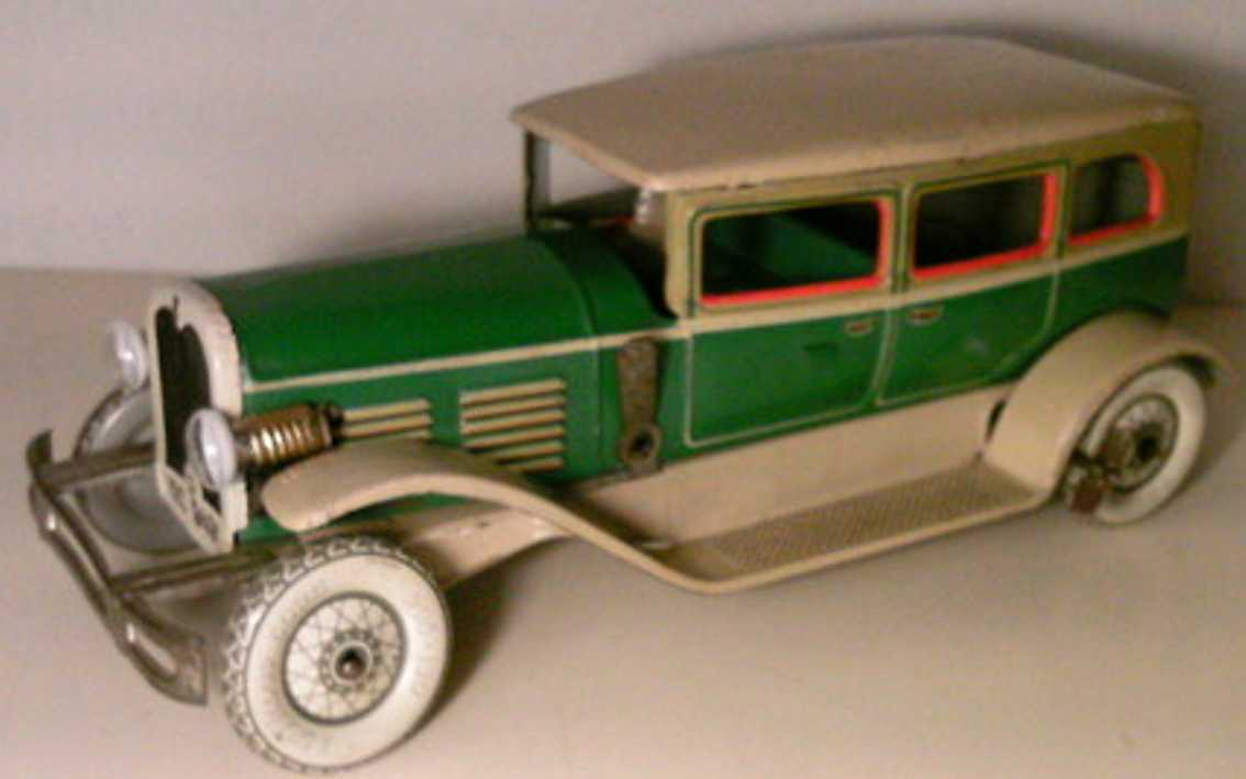 Tippco 9491 Oldtimer Limousine with clockwork and driver