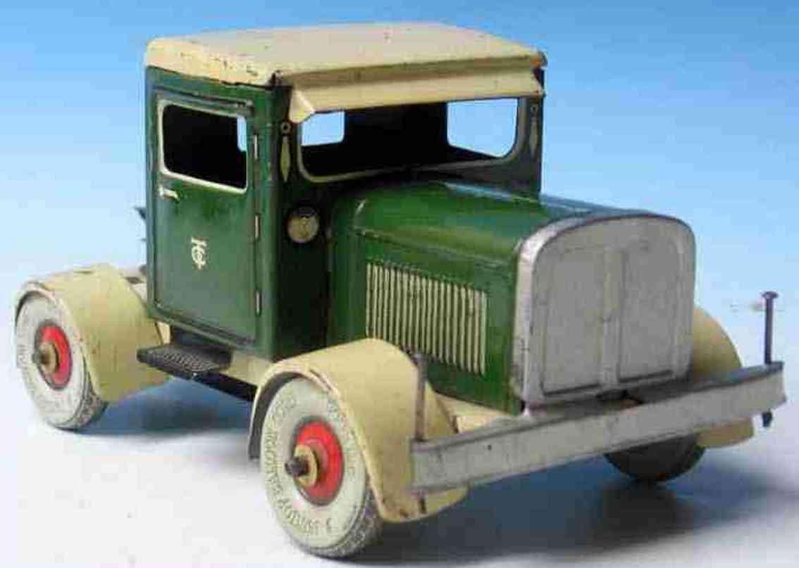 tippco blech spielzeug lastwagen mit uhrwerk gruen beige