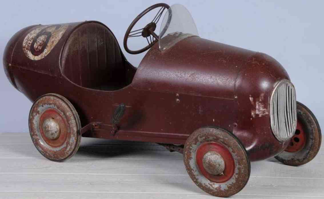 Tri-Ang 6 Pressed steel racer pedal car Tri-Ang 6 Vehicles-pedal cars Pressed steel No. 6 racer pedal car, boattail body with wind