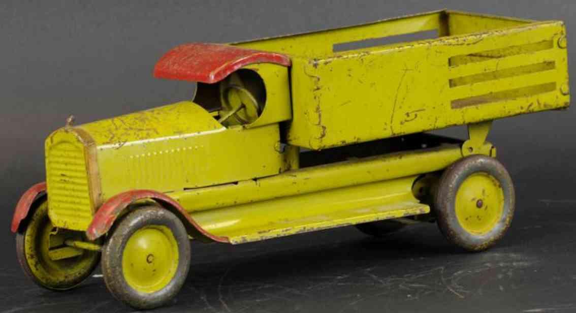 turner toys stahlblech spielzeug kipplastwagen c kabine rot gruen