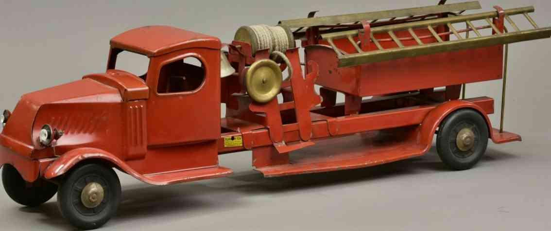 turner toys stahblech spielzeug feuerwehrleiterwagen rot