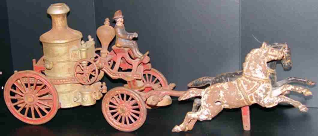 Feuerwehrpumpemkutsch mit Pferd von Ives oder Hubley