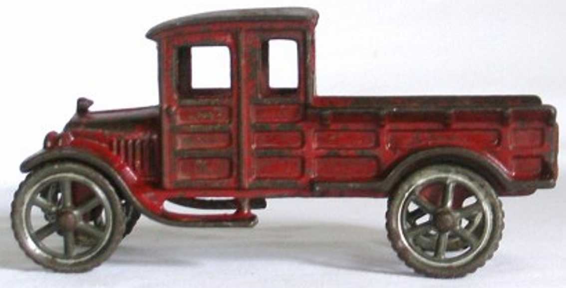 williams ac 5767 cast iron toy ford pick up truck red