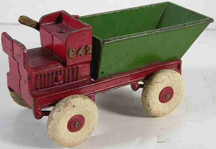 williams ac 842 cast iron toy dump truck green red
