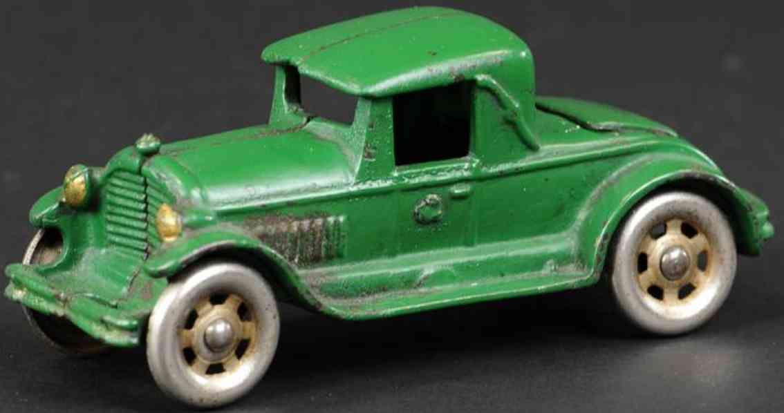 williams ac cast iron toy car coupe with rumble seat  green