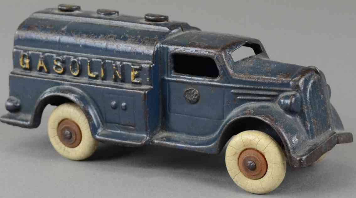 williams ac Gasoline 7 blue spielzeug gusseisen lastwagen benzinlastwagen aus gusseisen, bemalt in blau, mit drei einf