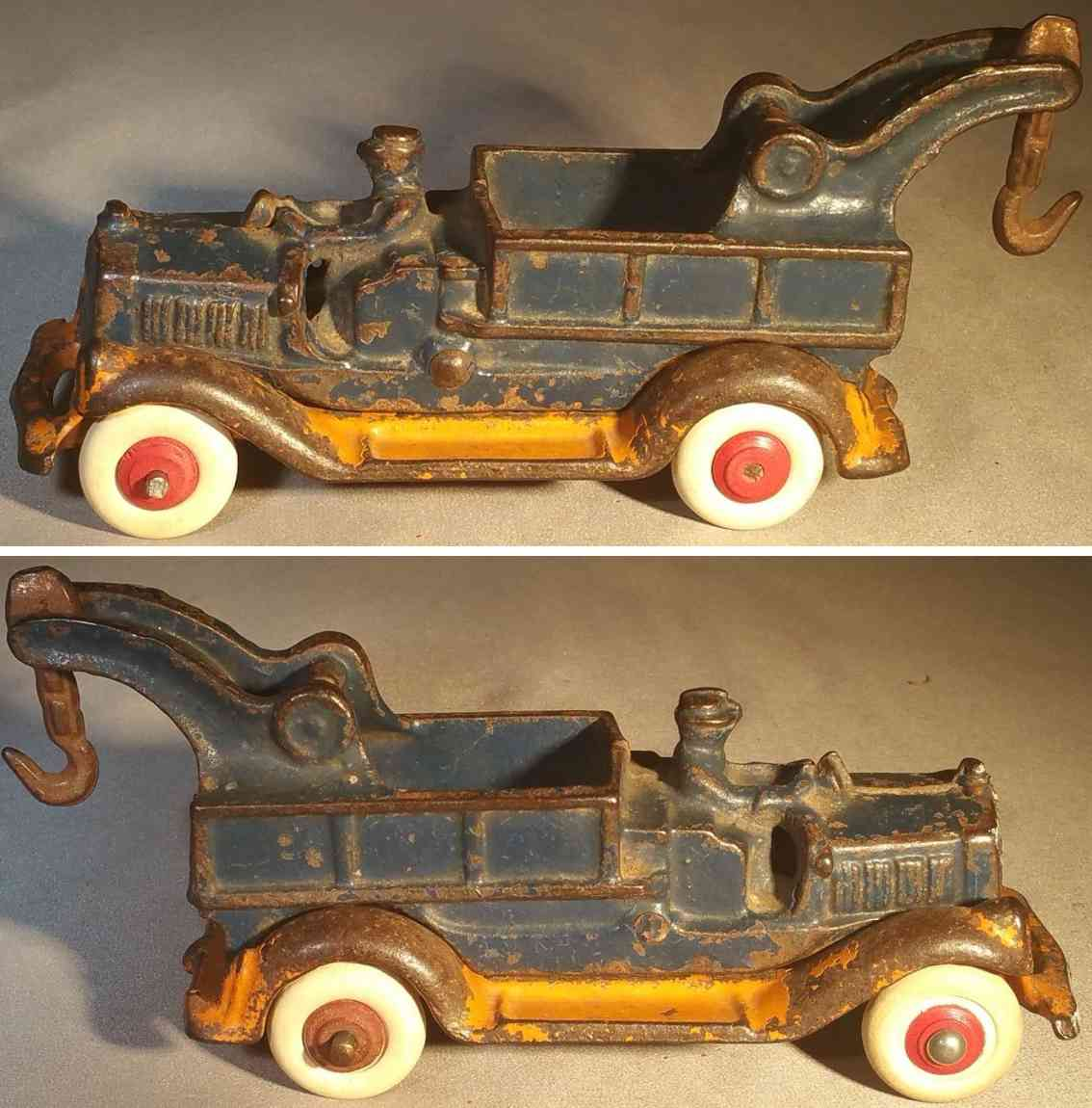 williams ac cast iron toy take apart wrecker tow truck blue