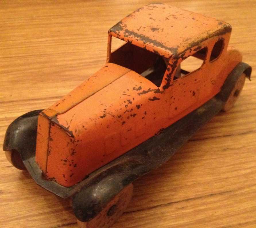 Wyandotte 34 Oldtimer Coupe in orange