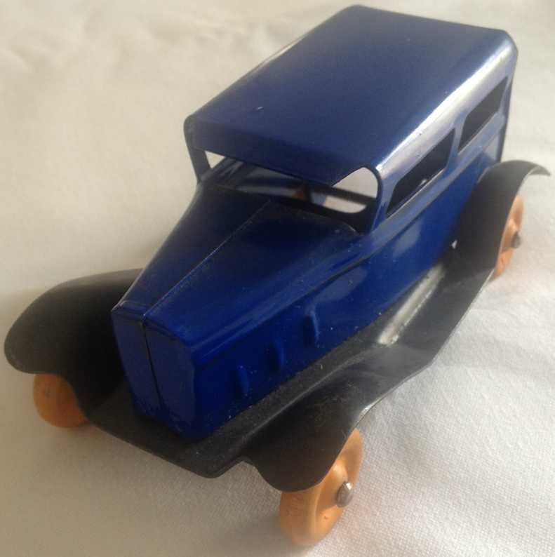 Wyandotte Oldtimer Auto in blau