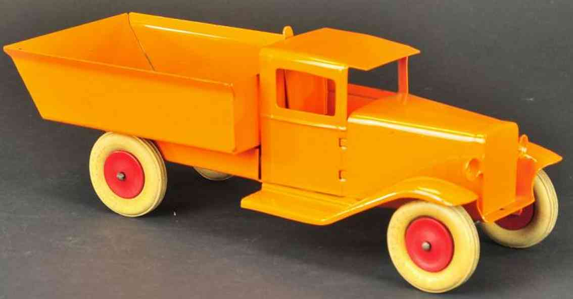 Wyandotte Manual dump truck, pressed steel orange