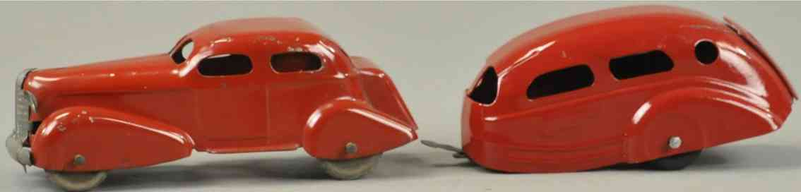 wyandotte 49 tin toy car sedan with caravan in red