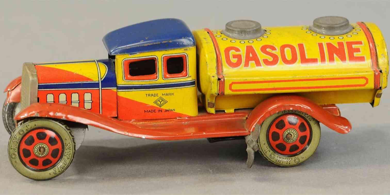 yoshi tin toy shell gasoline truck
