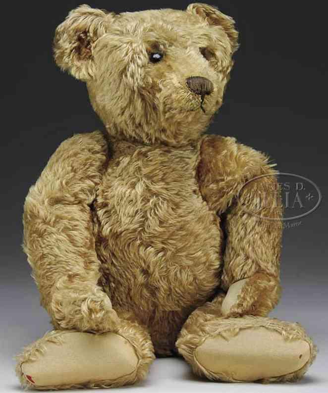 Steiff honey colored bruin bear
