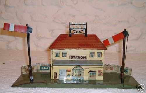 bing toy english railway station