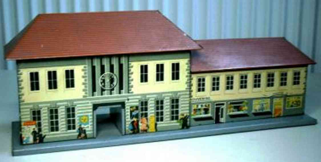 bub toy railway station with middle passage and building,