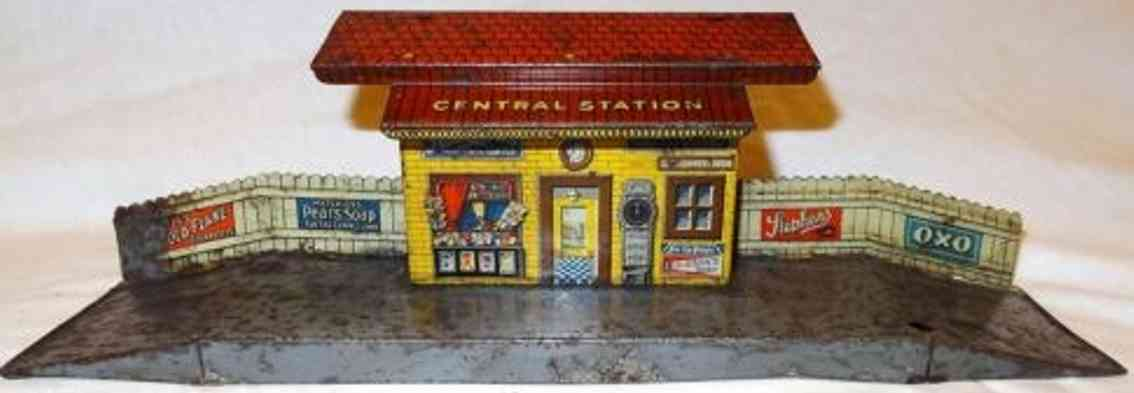 distler johann 552e railway toy small english railway station