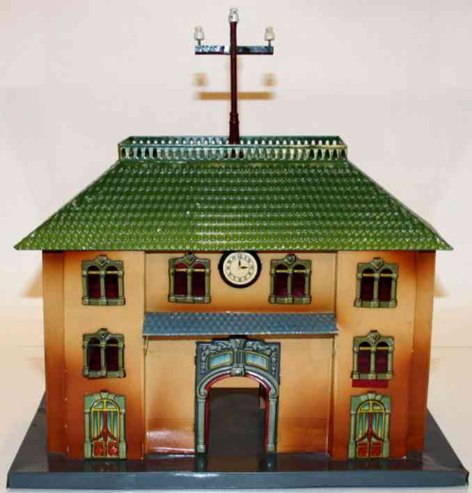 kraus-fandor 2047/1 tin toy railway station smooth walls