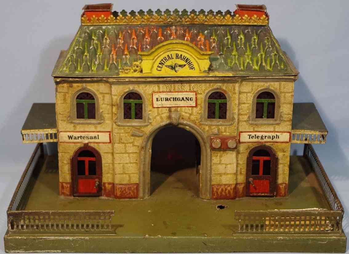 marklin 2011 toy railway station with two canopies