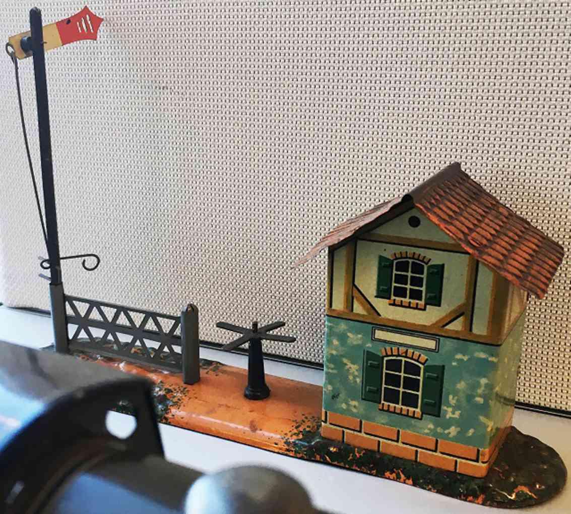 bing 14496/1 railway toy station platform watchmans house signal trunstile fence