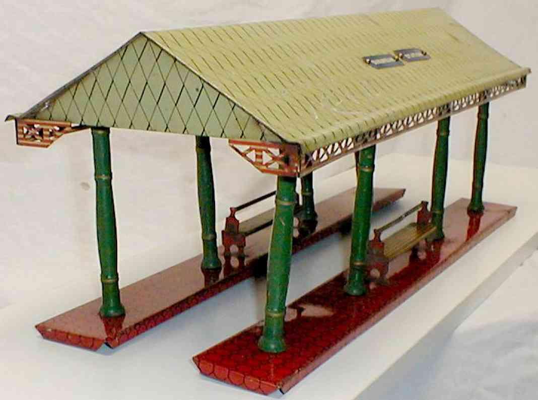 ives 117 (1903) spielzeug eisenbahn bahnsteig bahnhalle bahnsteighalle litgografiert, dach in creme, sockel in rot,