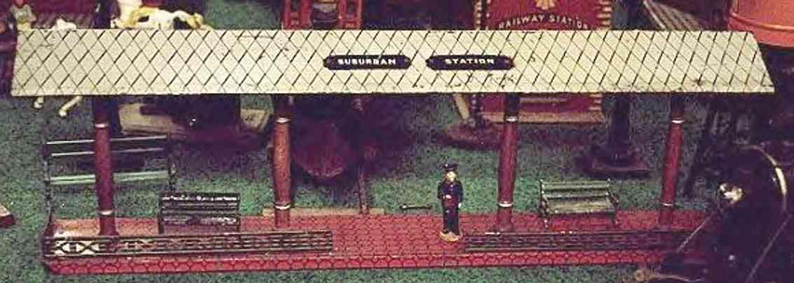 ives 120 (1905) spielzeug eisenbahn bahnsteig bahnhalle bahnsteig mit rotem sockel, vier holzfarbenen säulen und grü