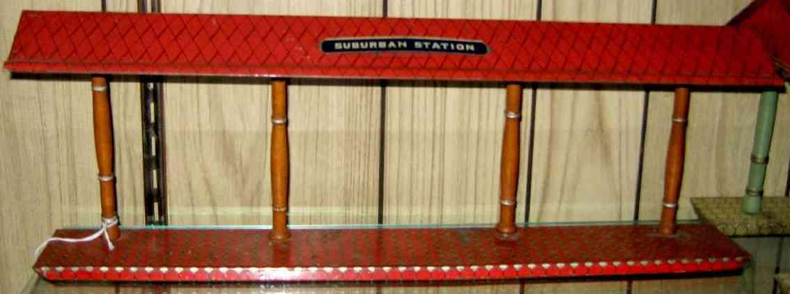 ives 120 (1907) spielzeug eisenbahn bahnsteig bahnhalle bahnsteig mit rotem sockel teilweise goldfarben, vier holzfa