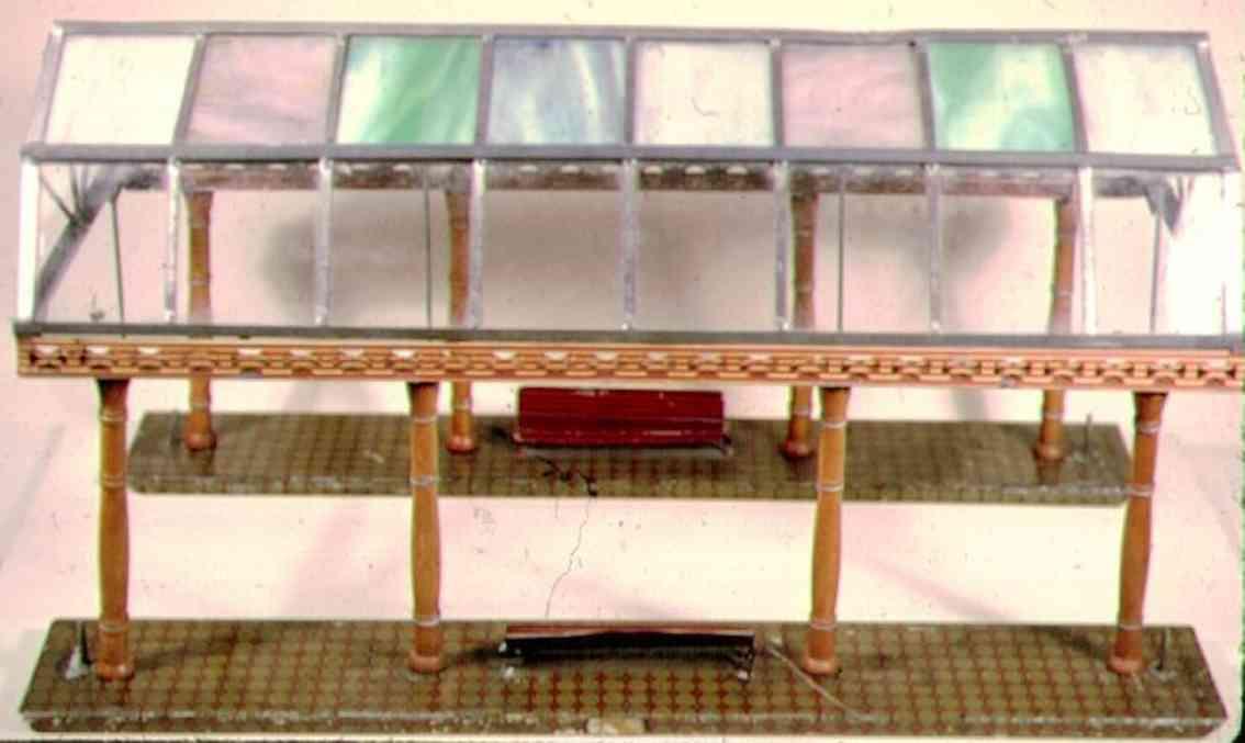 ives 121 (1908) spielzeug eisenbahn bahnsteig bahnhalle bahnsteighalle mit 4 reihen `jeweils 8 unterschiedlichen gla