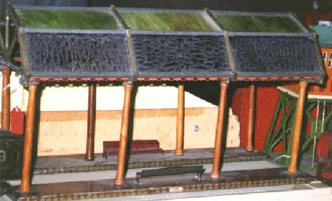 ives 121 (1908) spielzeug eisenbahn bahnsteig bahnhalle bahnsteig mit glaskuppel mit 12 glasscheiben, 8 pfeiler und