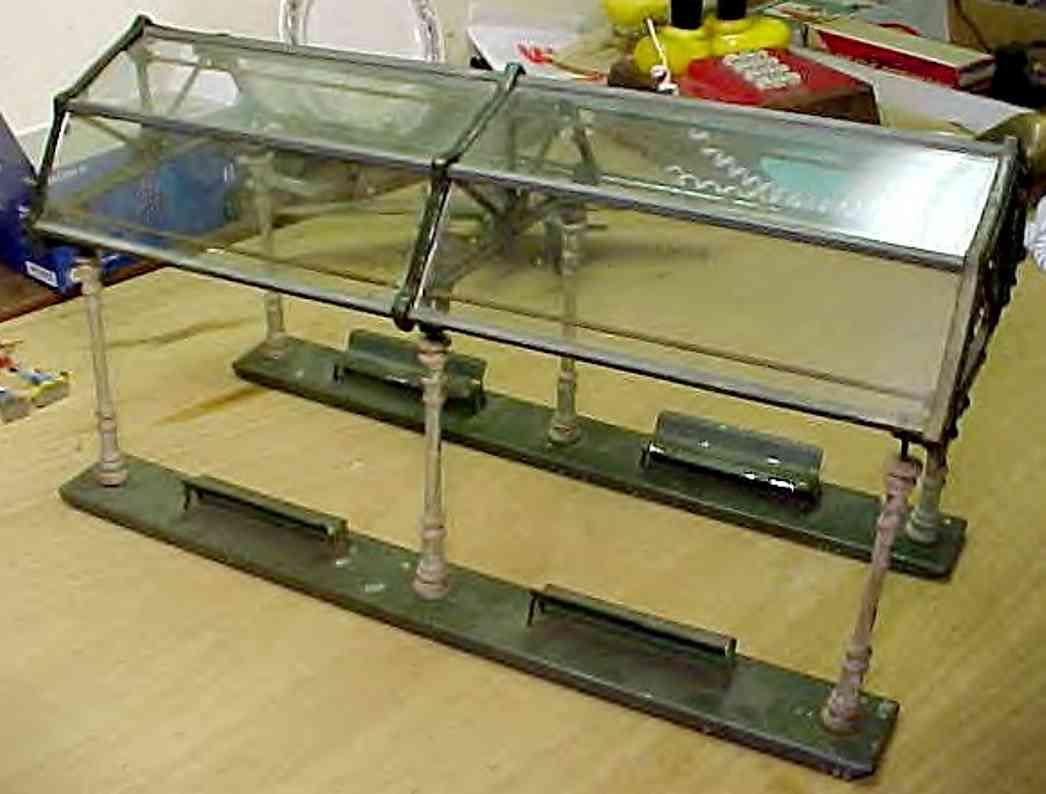 ives 121 eisenbahn bahnsteig mit glaskuppel mit 8 glasscheiben