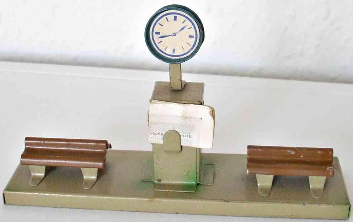 Kibri 0/62/5 2 Sitzbänke mit Uhr