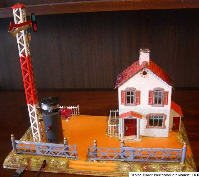 bing 8296/22 railway toy line keeper's lodge signalman's house toilet building