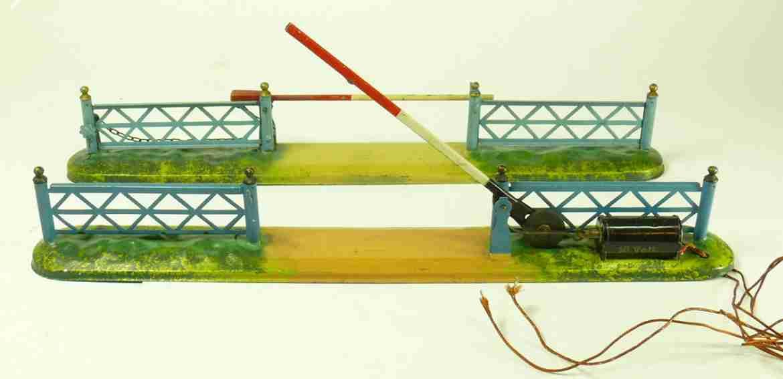 bing 8785 railway toy level crossing w bars
