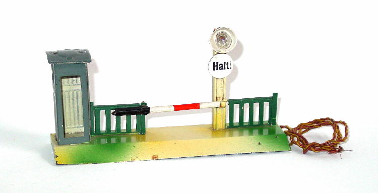 karl bub 926/5/18 railway toy barrier with light