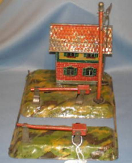 carette 647/125 railway toy line keeper's lodge level crossing existing from two sliding ground bases, one w