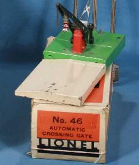 lionel 46 spielzeug eisenbahn einzelner bahnuebergang mit signal und lampe