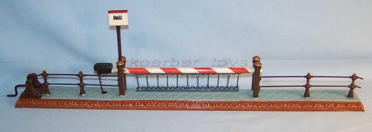 maerklin 2221 spielzeug eisenbahn bahnübergang kurbelantrieb schild