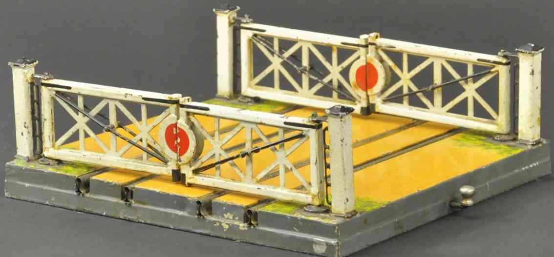 maerklin 2821/0 spielzeug eisenbahn englischer bahnuebergang