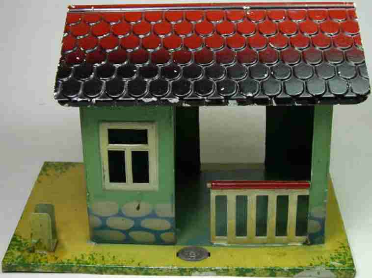 plank ernst railway toy line keeper's lodge warden house of sheet metal, on the base marked; on the pict