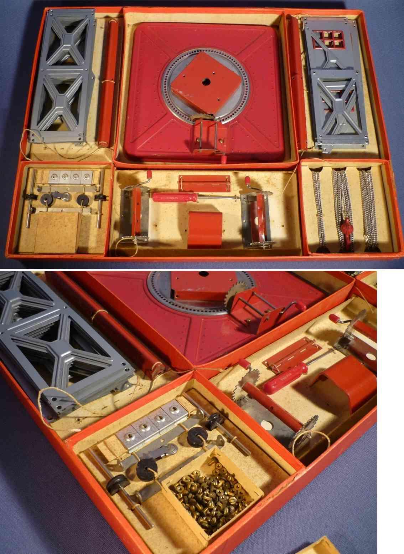 intérieur de la boite de grue en métal de chez Geobra