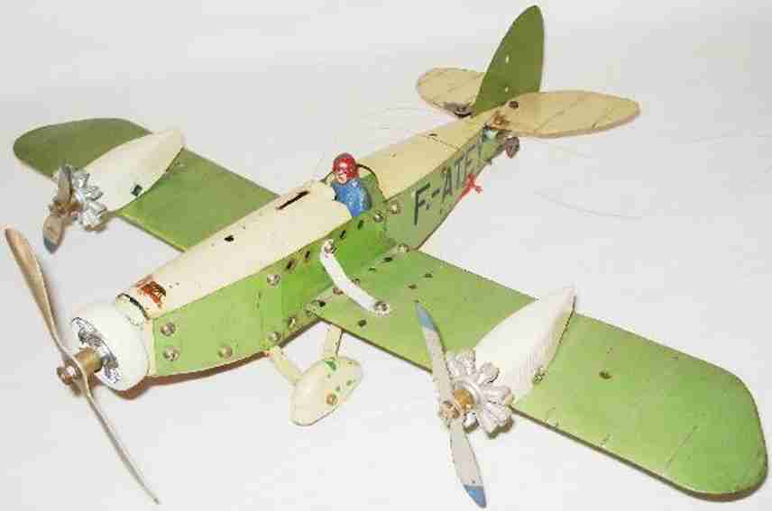 meccano erector blech spielzeug baukastenflieger