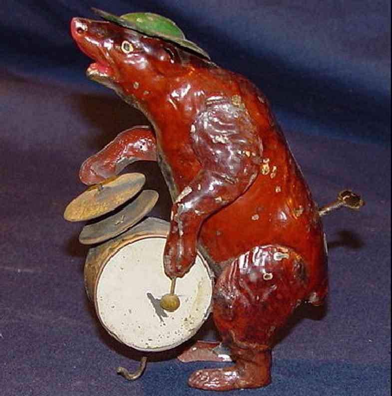 Eberl Hans Dance bear with drum and basins