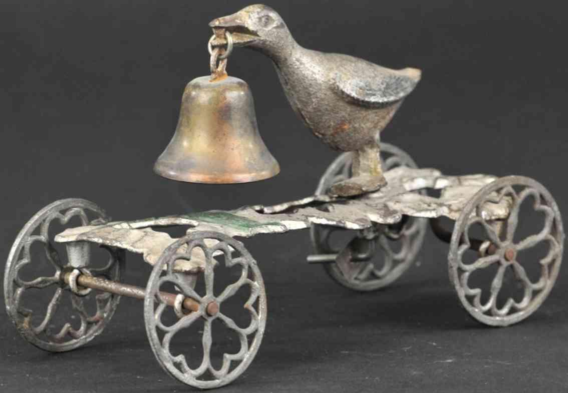 gong bell 58 spielzeug gusseisen gans als glockenspielzeug silbern
