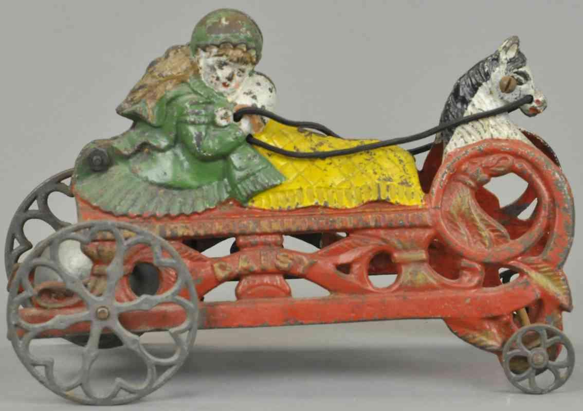 gong bell 37 daisy glockenspielzeug junges maedchen mit ihrer puppe