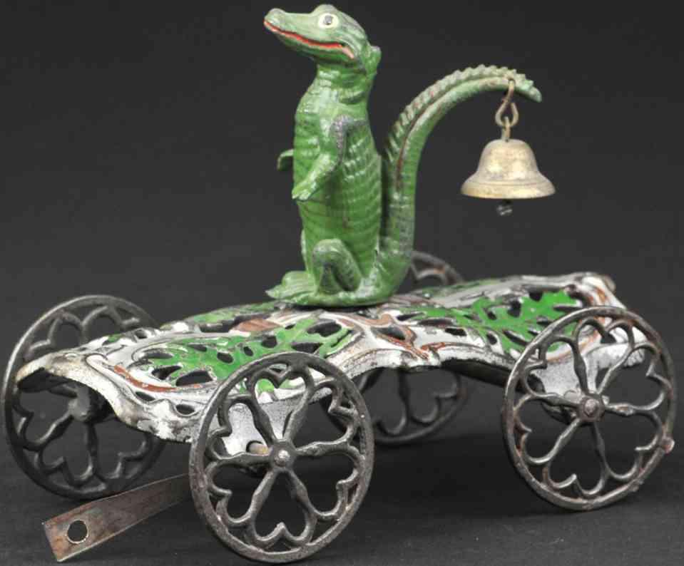 gong bell gusseisen alligator als glockenspielzeug gruen silber braun