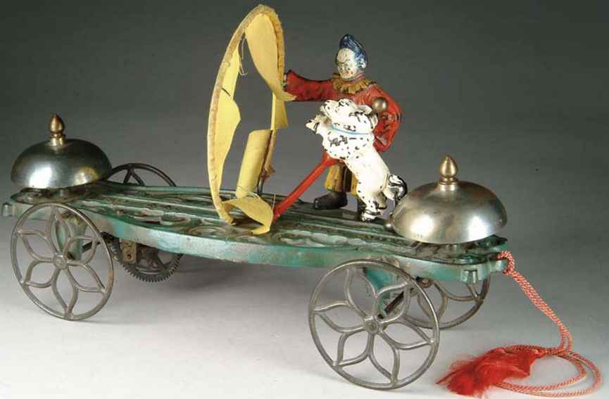gong bell 44 glockenspielzeug gusseisen figur clown hund